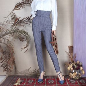 Classic chic ankle pant